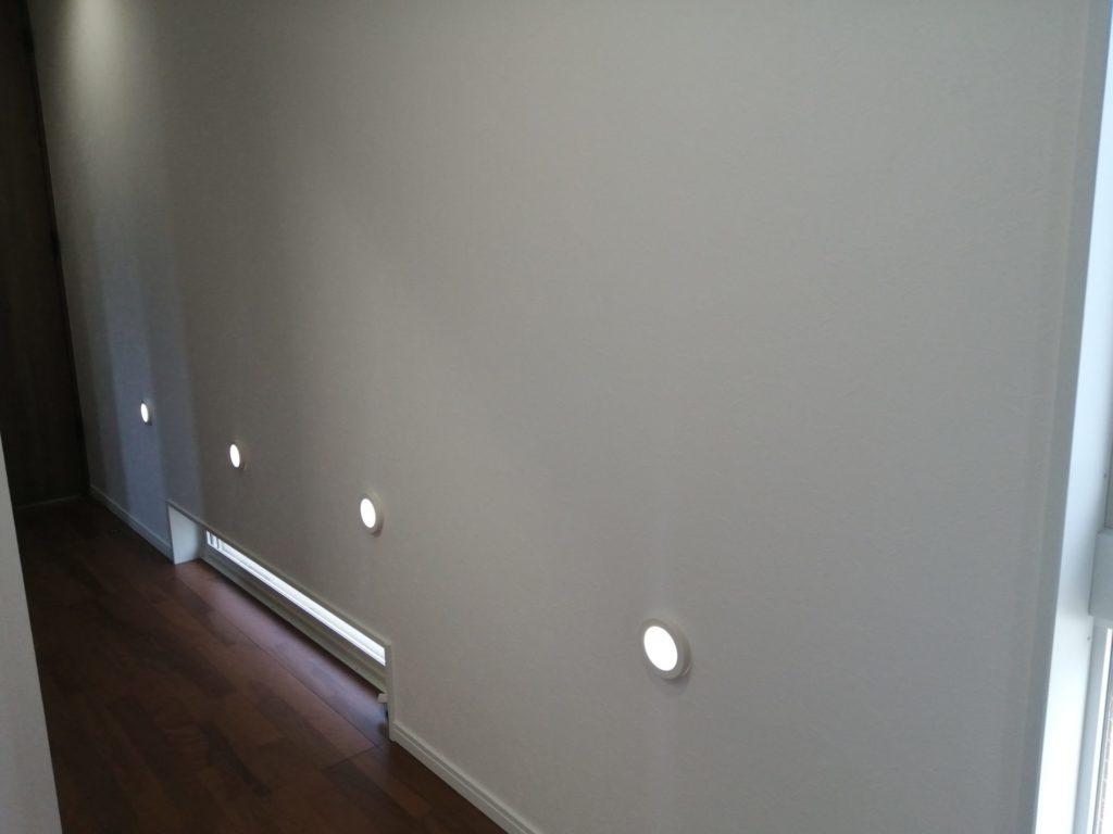 廊下 誘導灯