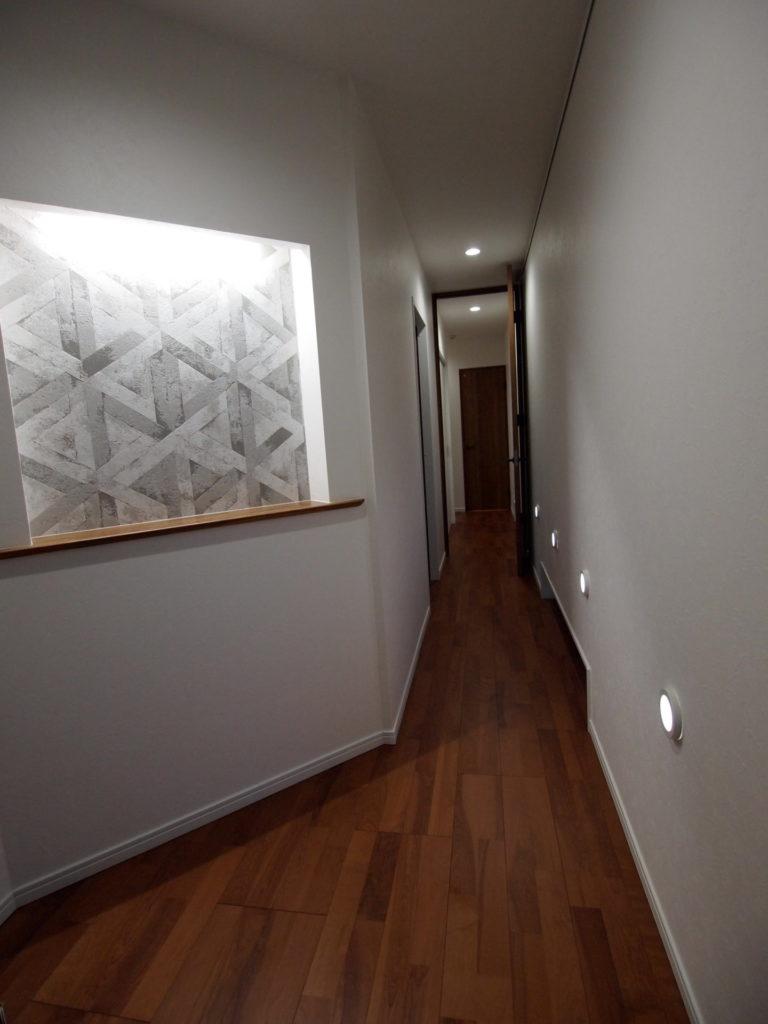 玄関 廊下 ニッチ